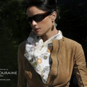 ANNE TOURAINE ParisHC90BR2